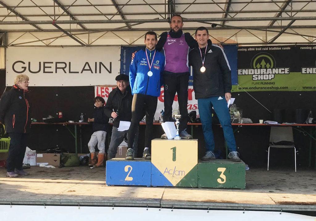 Les vainqueurs de la course élite masculine en 2019 : Mathieu Brulet (Satuc), Sylvain Dodet (Free Run A3 Tours) et Loïck Chuberre (Saran Loiret Athletic Club).